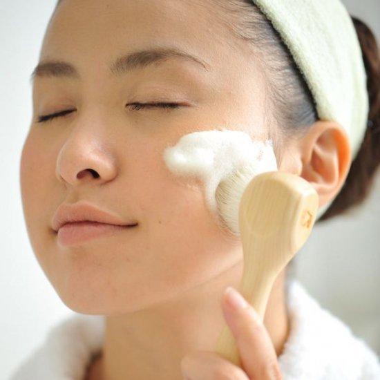 尺 洗顔ブラシ(ヒノキ)の写真