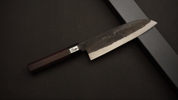 吉田刃物 ZDP-189 黒打 和式柄 三徳 紫檀柄<br>Yoshida ZDP-189 Kurouchi Wa-handle Santoku Rosewood Handle