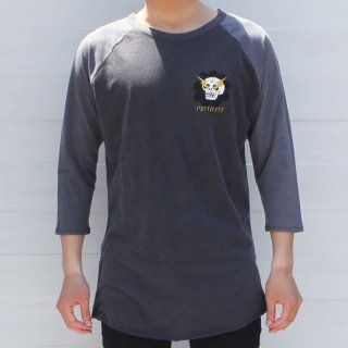 <img class='new_mark_img1' src='//img.shop-pro.jp/img/new/icons6.gif' style='border:none;display:inline;margin:0px;padding:0px;width:auto;' />【Vampirate】Tシャツ Flower Skull Raglan-Washed Black