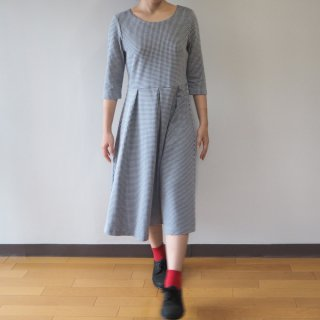【S】アーミッシュ風シンプルワンピース◇七分袖(千鳥格子)*ブラック*<img class='new_mark_img2' src='//img.shop-pro.jp/img/new/icons5.gif' style='border:none;display:inline;margin:0px;padding:0px;width:auto;' />