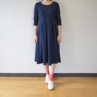 【L】アーミッシュ風シンプルワンピース◇七分袖(ネイビー)*ワッフル生地*<img class='new_mark_img2' src='//img.shop-pro.jp/img/new/icons5.gif' style='border:none;display:inline;margin:0px;padding:0px;width:auto;' />