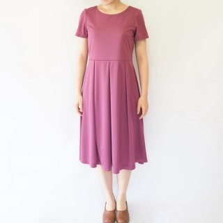 【S】アーミッシュ風シンプルワンピース◇半袖(プラムパープル)*from Amish community*<img class='new_mark_img2' src='//img.shop-pro.jp/img/new/icons5.gif' style='border:none;display:inline;margin:0px;padding:0px;width:auto;' />