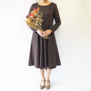 【L】アーミッシュ風シンプルワンピース◇長袖(ダークブラウン)*厚手生地*<img class='new_mark_img2' src='https://img.shop-pro.jp/img/new/icons5.gif' style='border:none;display:inline;margin:0px;padding:0px;width:auto;' />