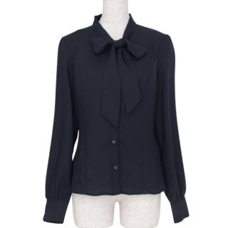 <img class='new_mark_img1' src='https://img.shop-pro.jp/img/new/icons11.gif' style='border:none;display:inline;margin:0px;padding:0px;width:auto;' />Bowtie blouse -Navy-