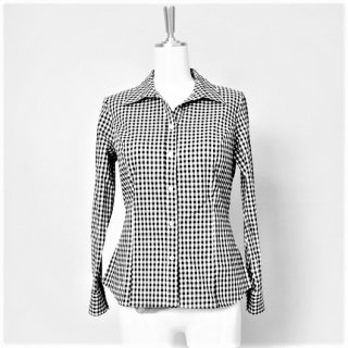 <img class='new_mark_img1' src='https://img.shop-pro.jp/img/new/icons24.gif' style='border:none;display:inline;margin:0px;padding:0px;width:auto;' />【10%OFF】Gingham check blouse