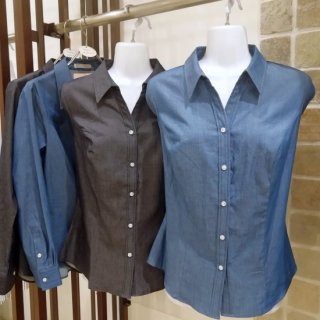 <img class='new_mark_img1' src='https://img.shop-pro.jp/img/new/icons57.gif' style='border:none;display:inline;margin:0px;padding:0px;width:auto;' />【再入荷】Denim Blouse_Master-Light Indigo-