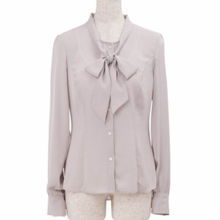 <img class='new_mark_img1' src='https://img.shop-pro.jp/img/new/icons11.gif' style='border:none;display:inline;margin:0px;padding:0px;width:auto;' />Bowtie blouse -Gray-