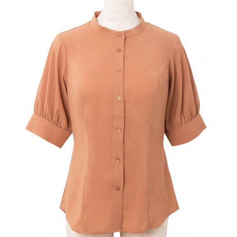 <img class='new_mark_img1' src='https://img.shop-pro.jp/img/new/icons20.gif' style='border:none;display:inline;margin:0px;padding:0px;width:auto;' />【30%OFF】Standup collar blouse-Brown-(5分袖ストレッチ素材)