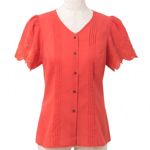 <img class='new_mark_img1' src='https://img.shop-pro.jp/img/new/icons11.gif' style='border:none;display:inline;margin:0px;padding:0px;width:auto;' />Pin tuck blouse-Orange-(刺繍袖ピンタックブラウス)