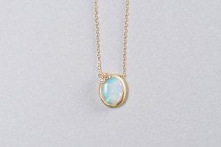 Welles オパールとダイヤモンド 小花のネックレス2