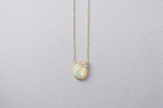 Welles オパールダイヤ 小花のネックレス3