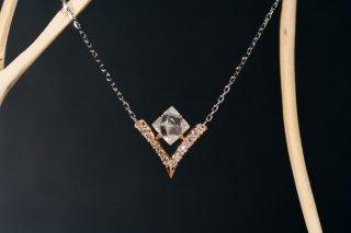 Bazin ダイヤモンド原石ネックレス