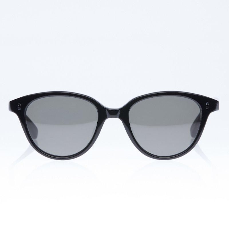 <img class='new_mark_img1' src='https://img.shop-pro.jp/img/new/icons8.gif' style='border:none;display:inline;margin:0px;padding:0px;width:auto;' />[eito maw eyewear] エイト マウ アイウェア 002 (BLACK/ BLACK)