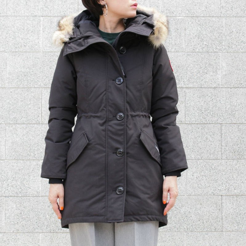 <img class='new_mark_img1' src='//img.shop-pro.jp/img/new/icons50.gif' style='border:none;display:inline;margin:0px;padding:0px;width:auto;' />[CANADA GOOSE] カナダグース ROSSCLAIR PARKA FF 2580LA (BLACK・NAVY)