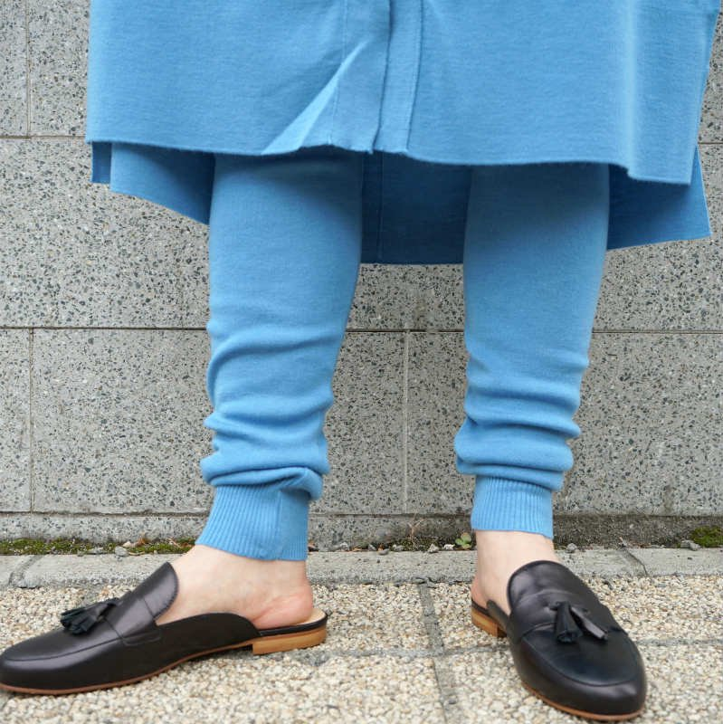 <img class='new_mark_img1' src='//img.shop-pro.jp/img/new/icons6.gif' style='border:none;display:inline;margin:0px;padding:0px;width:auto;' />[TAN] タン LEGGINGS (BLUE)