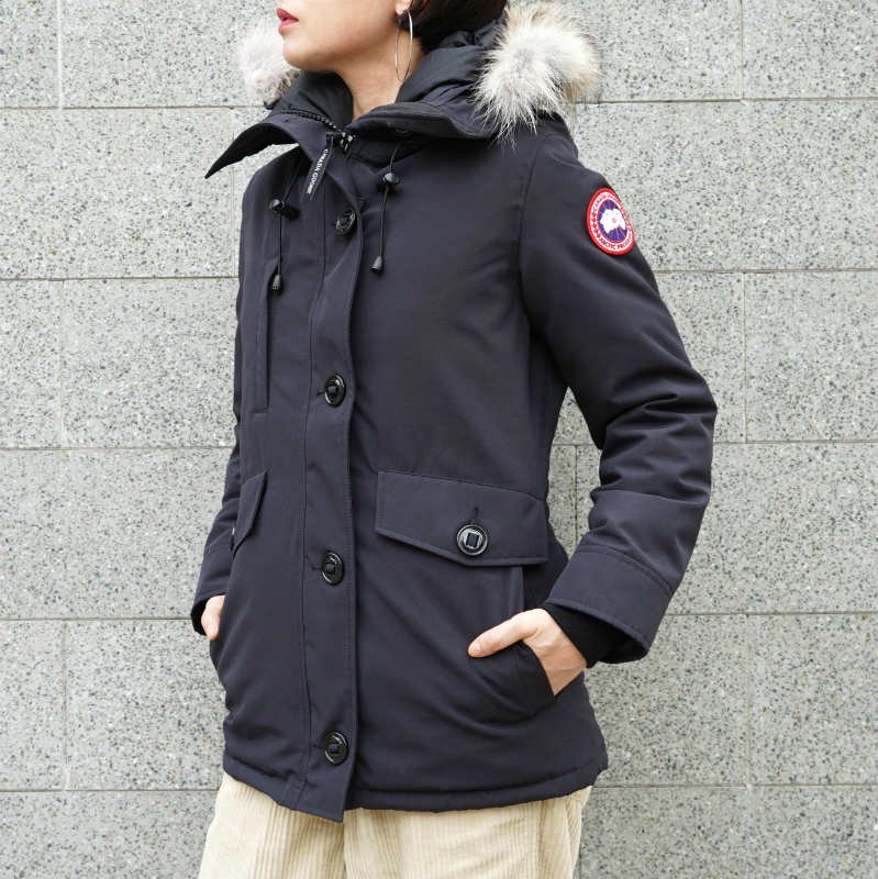 <img class='new_mark_img1' src='//img.shop-pro.jp/img/new/icons50.gif' style='border:none;display:inline;margin:0px;padding:0px;width:auto;' />[CANADA GOOSE] カナダグース CHARLOTTE PARKA 2300JL (NAVY)