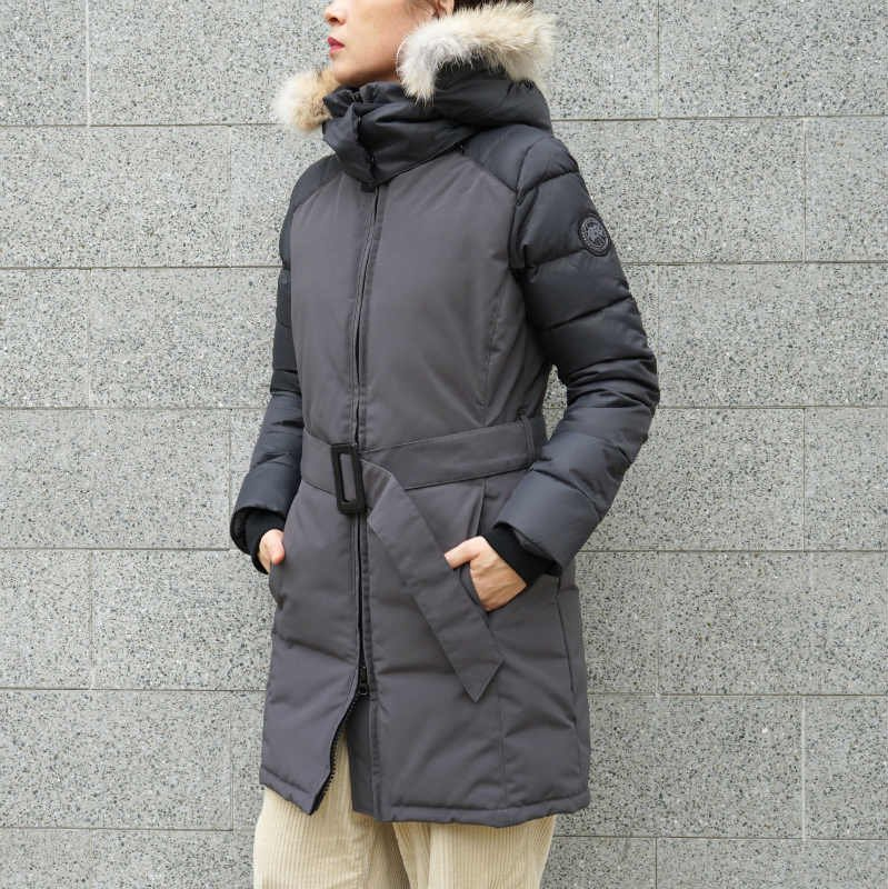 <img class='new_mark_img1' src='https://img.shop-pro.jp/img/new/icons50.gif' style='border:none;display:inline;margin:0px;padding:0px;width:auto;' />[CANADA GOOSE] カナダグース ROWAN PARKA 3202LB(D/GRAY)