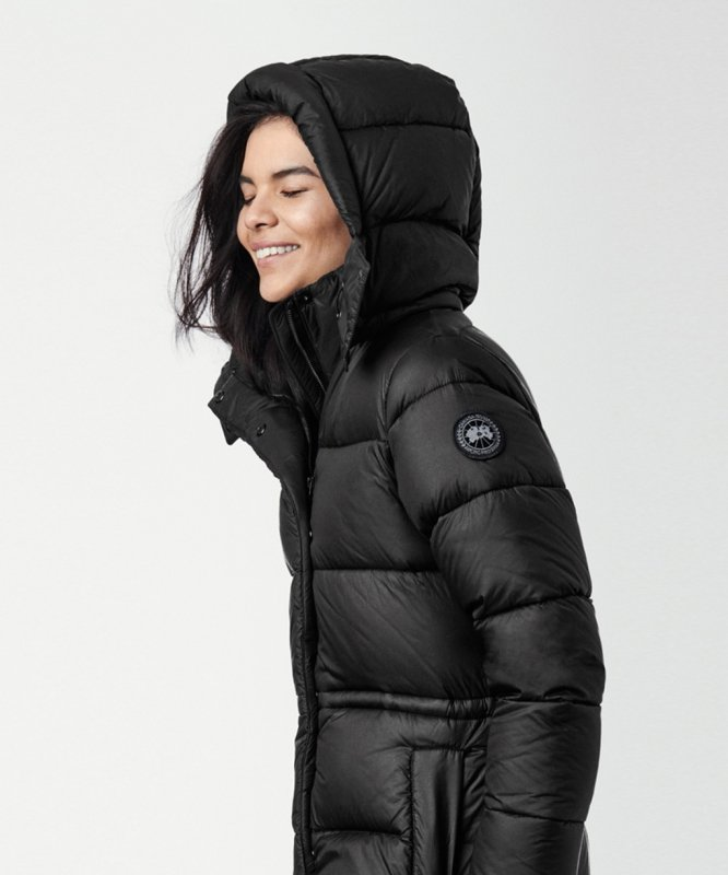 <img class='new_mark_img1' src='https://img.shop-pro.jp/img/new/icons50.gif' style='border:none;display:inline;margin:0px;padding:0px;width:auto;' />[CANADA GOOSE] カナダグース AROSA PARKA BLACK LABEL 2608LB(BLACK)