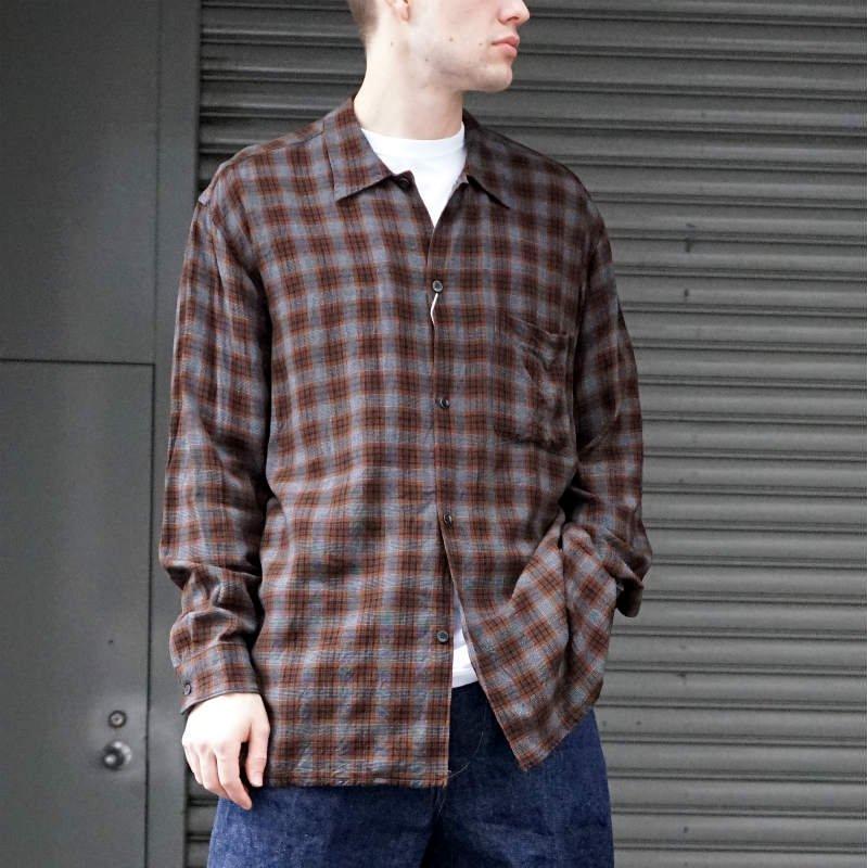<img class='new_mark_img1' src='https://img.shop-pro.jp/img/new/icons50.gif' style='border:none;display:inline;margin:0px;padding:0px;width:auto;' />[COMOLI] コモリ レーヨン オープンカラーシャツ (CHECK)