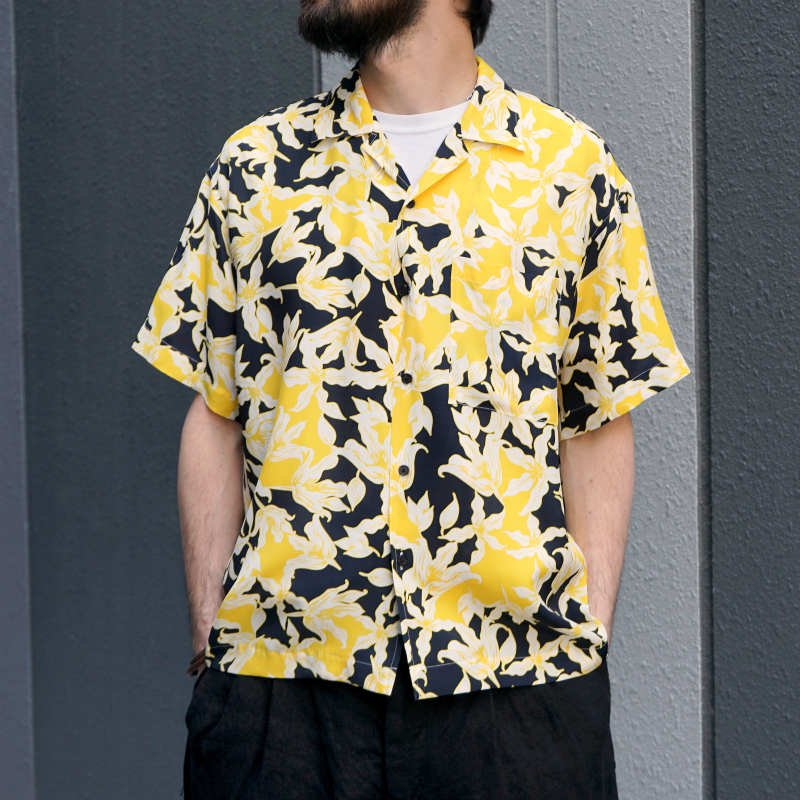 <img class='new_mark_img1' src='https://img.shop-pro.jp/img/new/icons8.gif' style='border:none;display:inline;margin:0px;padding:0px;width:auto;' />[ALLEGE] アレッジ  Flower print shirt (NAVY) AH19S-SH07