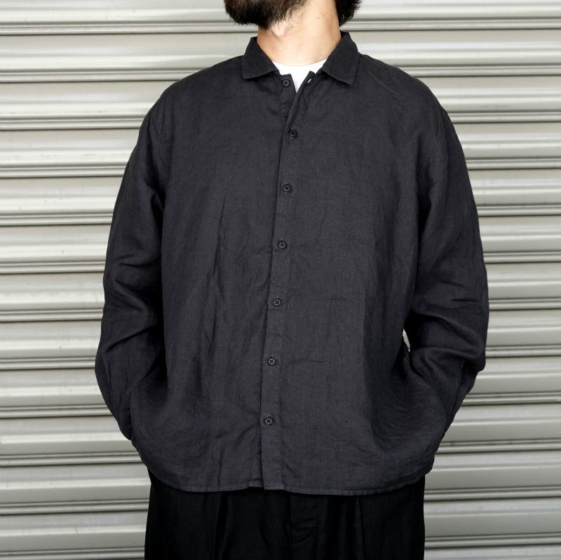 <img class='new_mark_img1' src='https://img.shop-pro.jp/img/new/icons8.gif' style='border:none;display:inline;margin:0px;padding:0px;width:auto;' />[AUGUSTE-PRESENTATION] Pajama Look Linen Sheet Regular collar Shirt (BLACK)