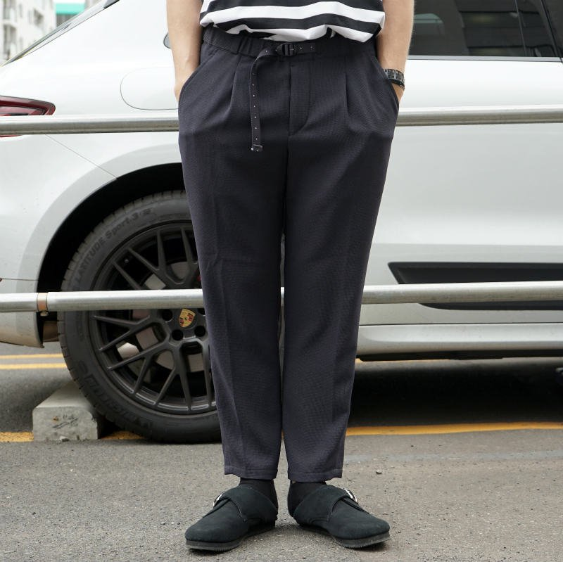 <img class='new_mark_img1' src='https://img.shop-pro.jp/img/new/icons8.gif' style='border:none;display:inline;margin:0px;padding:0px;width:auto;' />[O-] オー NARROW EASY TROUSERS (NAVY)