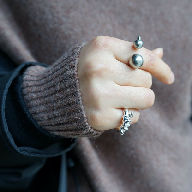 [Soierie] ソワリー Hook ear cuff ring(Mat Silver)