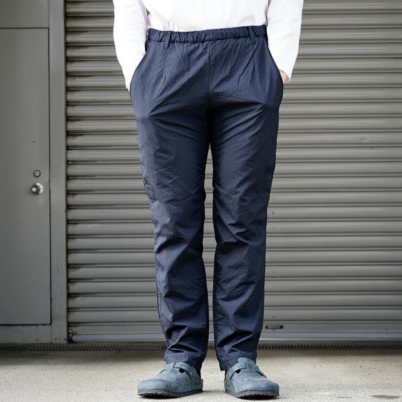 <img class='new_mark_img1' src='https://img.shop-pro.jp/img/new/icons8.gif' style='border:none;display:inline;margin:0px;padding:0px;width:auto;' />[TEATORA] テアトラ Wallet Pants Office - Packable - (DEEP NAVY)