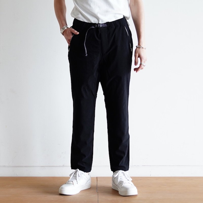 <img class='new_mark_img1' src='https://img.shop-pro.jp/img/new/icons8.gif' style='border:none;display:inline;margin:0px;padding:0px;width:auto;' />[O-] オー NARROW EASY PANTS (BLACK) O-W-03