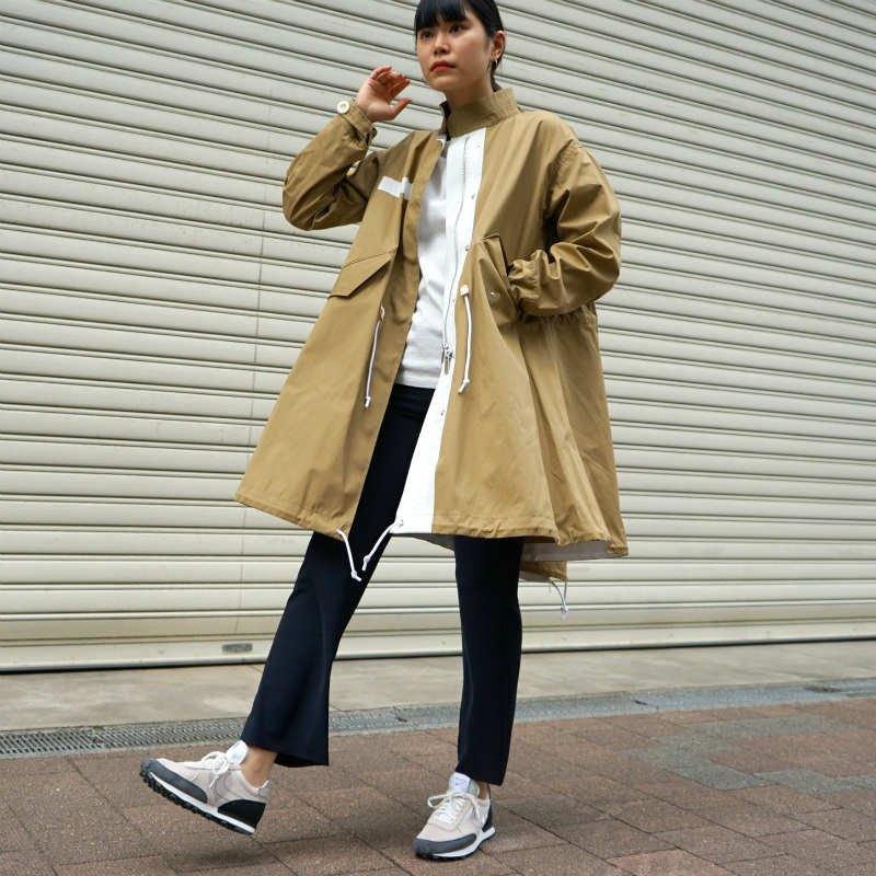 <img class='new_mark_img1' src='https://img.shop-pro.jp/img/new/icons6.gif' style='border:none;display:inline;margin:0px;padding:0px;width:auto;' />[sacai] サカイ SCW-004 Cotton Nylon Oxford Coat(BEIGE)