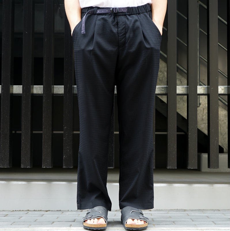 <img class='new_mark_img1' src='https://img.shop-pro.jp/img/new/icons8.gif' style='border:none;display:inline;margin:0px;padding:0px;width:auto;' />[O-] オー  EASY TROUSERS (Black Plaid)