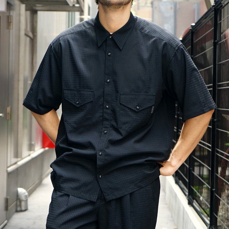 <img class='new_mark_img1' src='https://img.shop-pro.jp/img/new/icons8.gif' style='border:none;display:inline;margin:0px;padding:0px;width:auto;' />[O-] オー ELBOW SLEEVE SHIRT (Black Plaid)