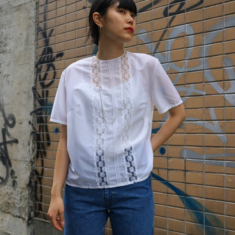 <img class='new_mark_img1' src='https://img.shop-pro.jp/img/new/icons6.gif' style='border:none;display:inline;margin:0px;padding:0px;width:auto;' />[MaW VINTAGE] H/S Lace Blouse