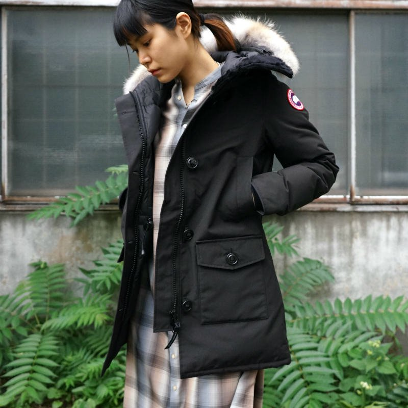 <img class='new_mark_img1' src='https://img.shop-pro.jp/img/new/icons6.gif' style='border:none;display:inline;margin:0px;padding:0px;width:auto;' />[CANADA GOOSE] カナダグース BRONTE PARKA 2603JL (BLACK)