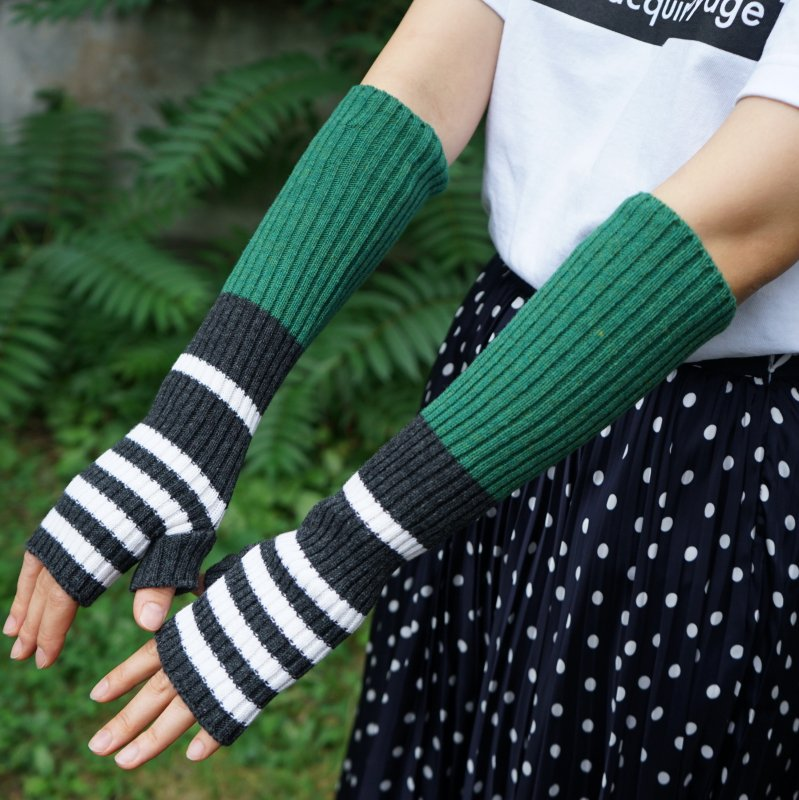 <img class='new_mark_img1' src='https://img.shop-pro.jp/img/new/icons6.gif' style='border:none;display:inline;margin:0px;padding:0px;width:auto;' />[PLAN C] プランシー LONG KNIT GLOVES FINGERLESS(GRN/GRY/WHT)