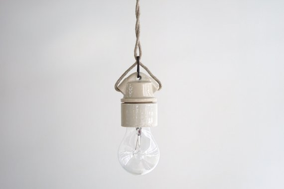 PORCELAIN LAMP-B