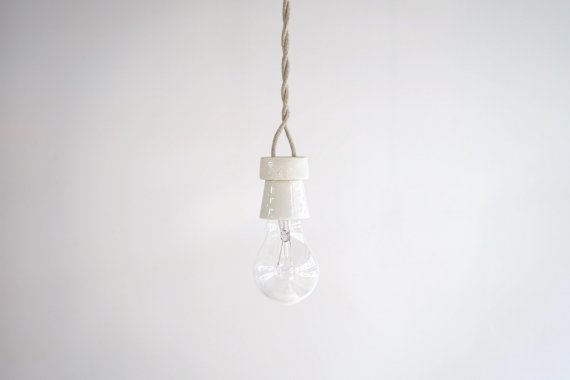 PORCELAIN LAMP-E