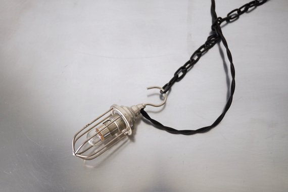 CAGE LAMP-B