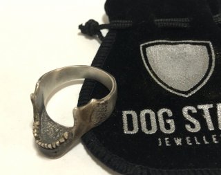 MANDIBILE SKULL RING grave/DOG STATE×LARVA