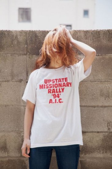 UPSTATE MISSIONARY Tシャツ