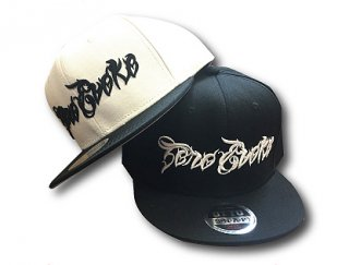 Metal Logo Snapback<img class='new_mark_img2' src='//img.shop-pro.jp/img/new/icons1.gif' style='border:none;display:inline;margin:0px;padding:0px;width:auto;' />