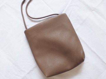 シンプルサコッシュ<br/>【brown】