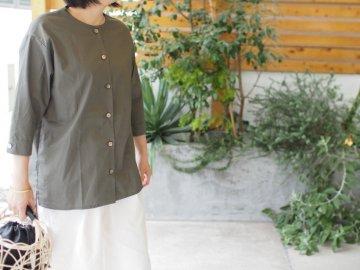 【Devant】シンプルシャツ・gray khaki