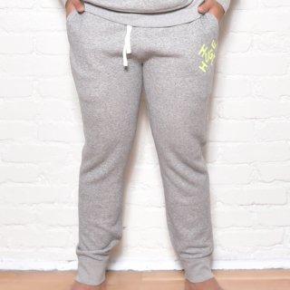 MR.HUGE CROSS ROGO PRINTED SWEAT LONG PANTS(クロス ロゴ プリント スエット ロングパンツ )グレー