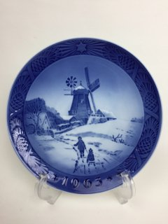 ROYAL COPENHAGEN 1963 Christmas Plate ホイスエーヤの風車小屋