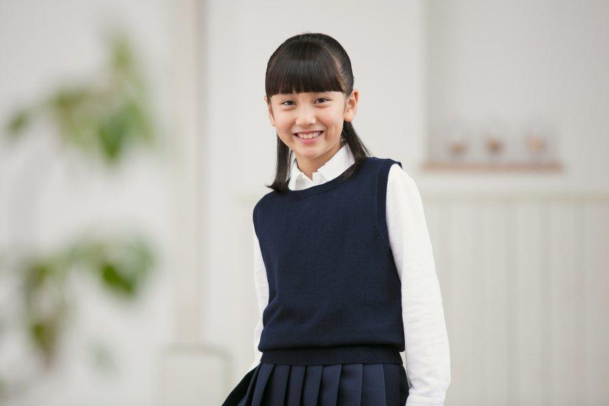 女子用丸襟スクールベスト【紺色(ネイビー)】