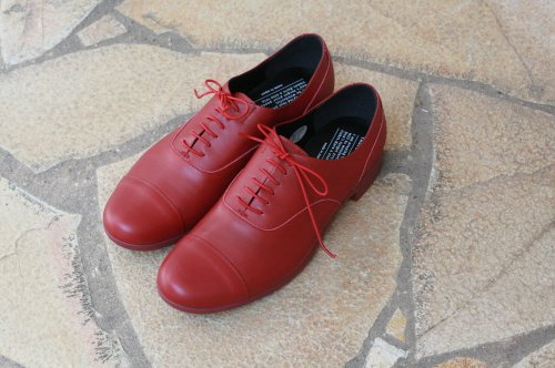 <img class='new_mark_img1' src='//img.shop-pro.jp/img/new/icons6.gif' style='border:none;display:inline;margin:0px;padding:0px;width:auto;' />TRAVEL SHOESレースアップシューズ