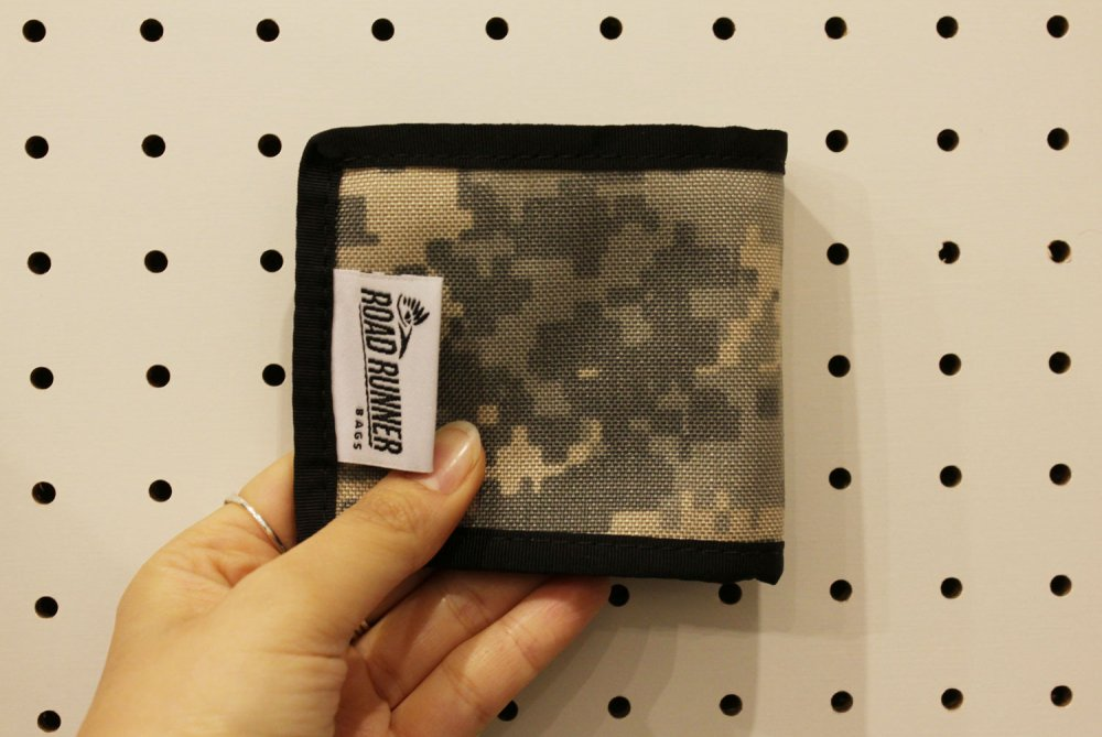 Bi-Fold Wallet (バイフォールドウォレット)