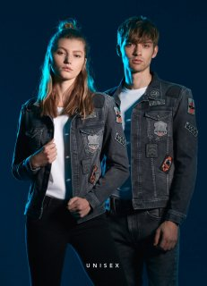 <img class='new_mark_img1' src='//img.shop-pro.jp/img/new/icons6.gif' style='border:none;display:inline;margin:0px;padding:0px;width:auto;' />PEPE STARWARS DENIM JACKET -LEGEND STAR WARS