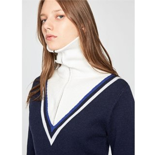 BOXER TURTLENECK SWEATER